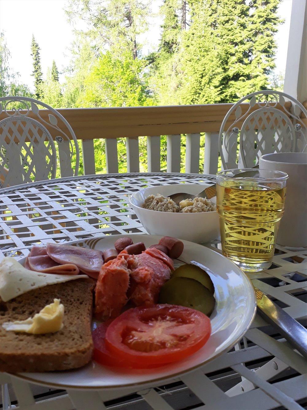 Aamiainen2.jpg