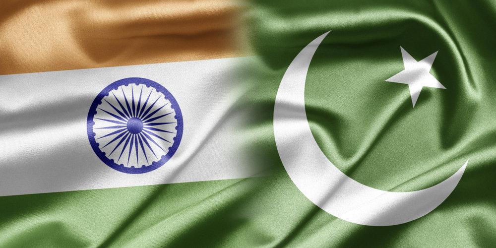 o-INDIA-AND-PAKISTAN-FLAG-facebook.jpg