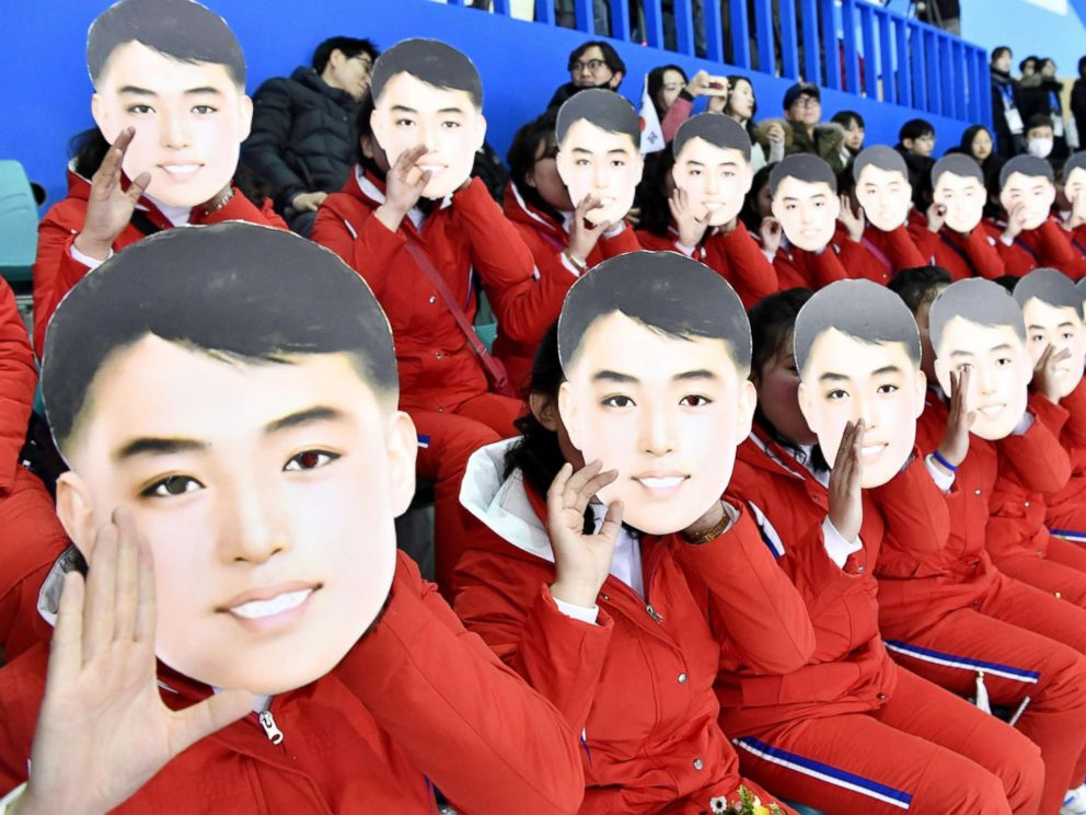 north-korea-olympics-cheerleaders-2-nc-jt-180210_4x3_992.jpg
