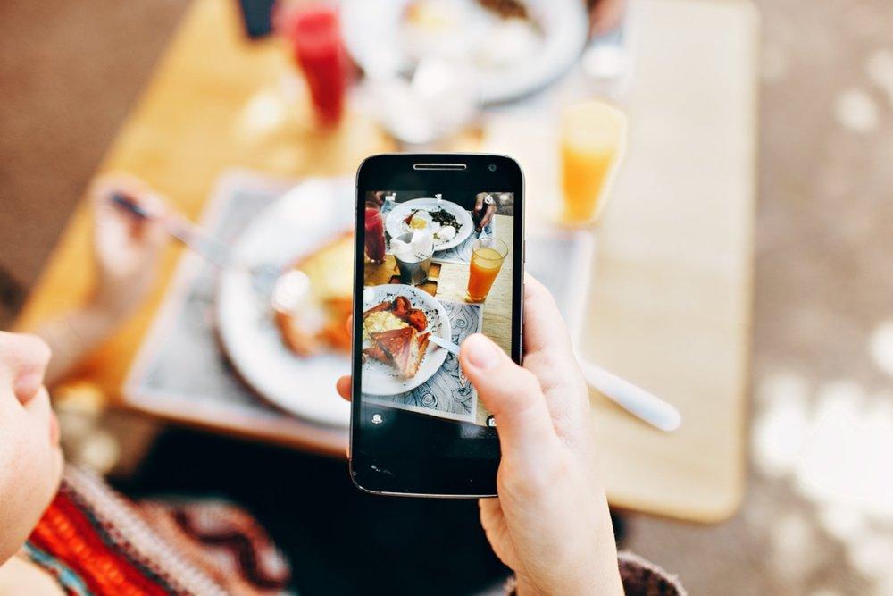 blur-blurred-background-breakfast-693267.jpg