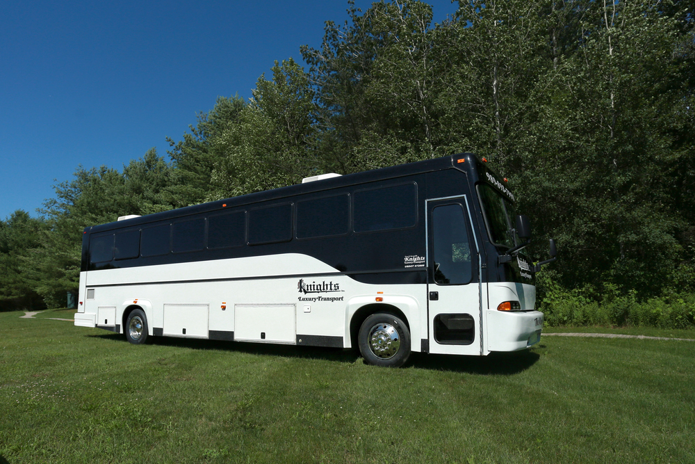 K40 Bus (40 passengers)