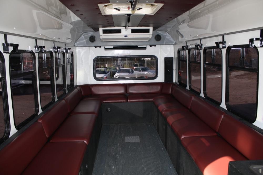 Limo Bus24.jpg