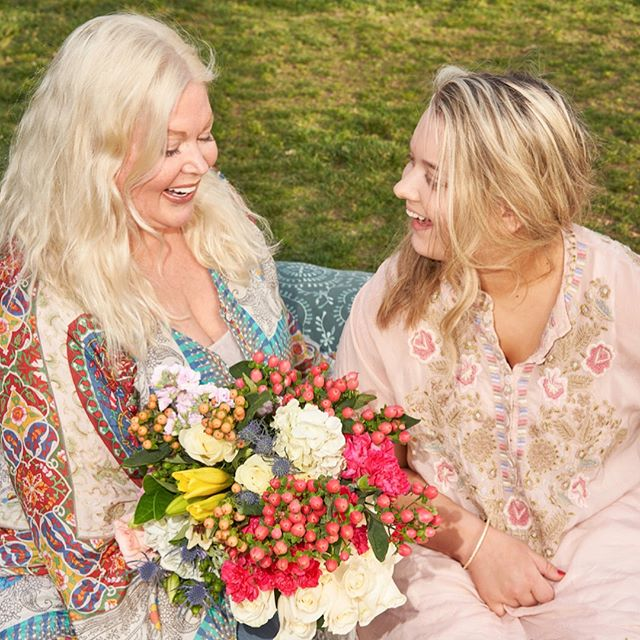 When Brianna Pievac stumbled upon a new program for girls with disabilities called Miss Amazing, she never thought that it would deepen her relationship with her mom in so many ways.  Follow the link in our bio for Brianna and Deborah's full story and to donate in honor of moms this Mother's Day 💐 📸 @michellegroskopf