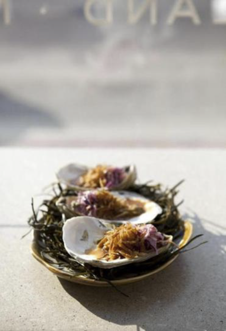 <b>Boston Globe</b><br/>Portland oyster bar lovingly tweaks Maine's classic dishes