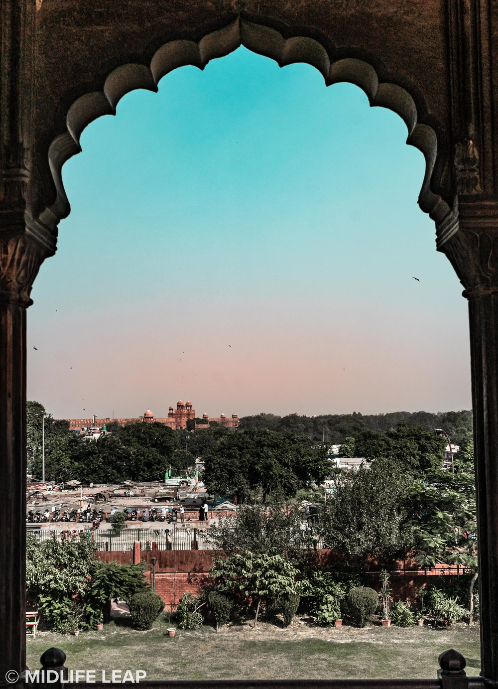 Red Fort in the distance from Jama Masjid