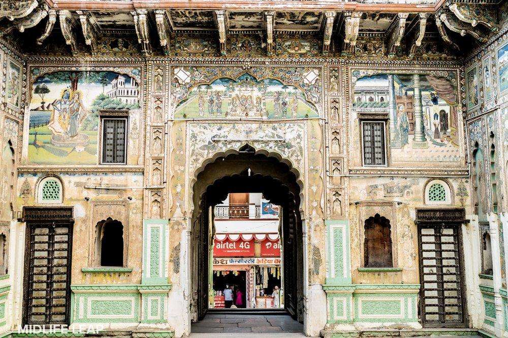 visiting-bikaner-rajasthan-with-local-driver.jpg