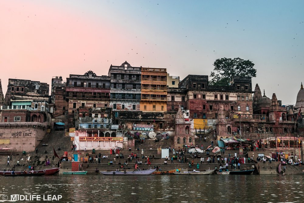 varanasi-ganges-boat-ride-sunset.jpg