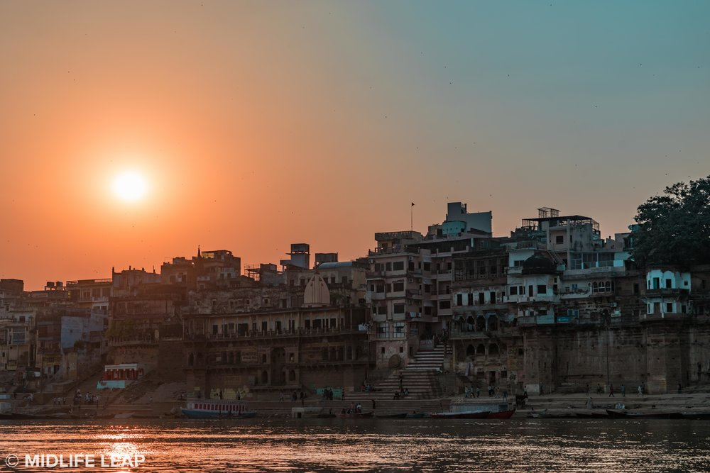 varanasi-ganges-sunset.jpg