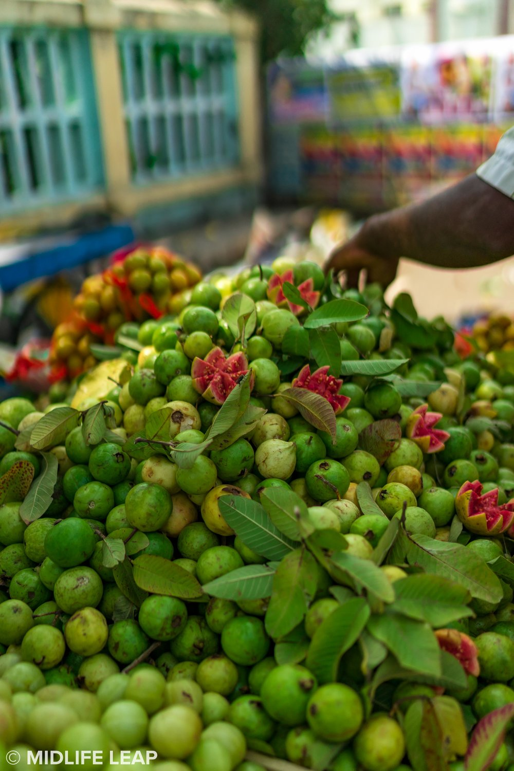You could smell the sweet guava before passing the street stall