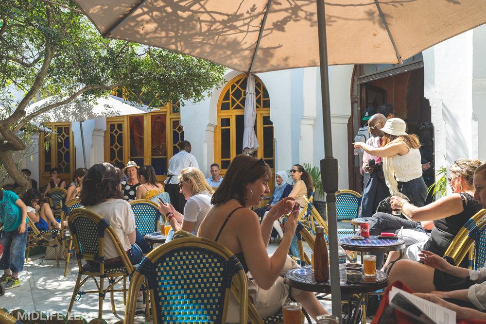 best-activities-in-paris-mint-tea-at-the-grand-mosque