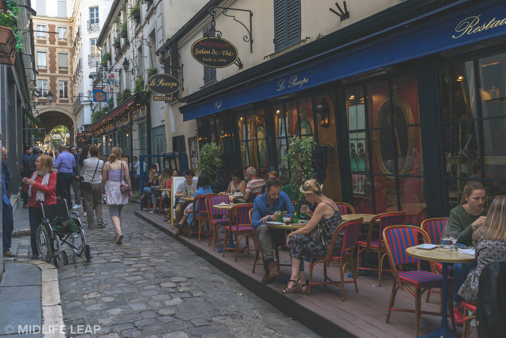 where-to-eat-in-paris-le-procope-oldest-cafe