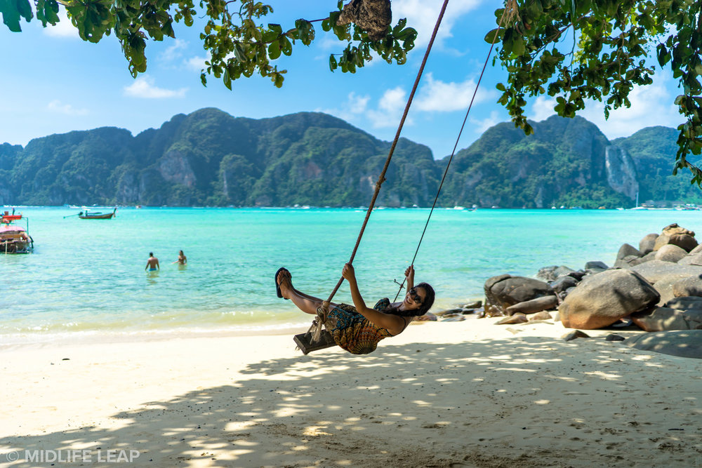 best-islands-to-visit-thailand-koh-phi-phi