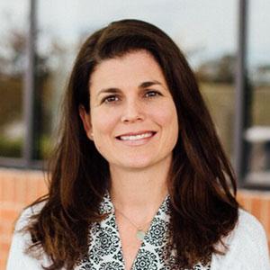 Jessie Campbell    Managing Consultant
