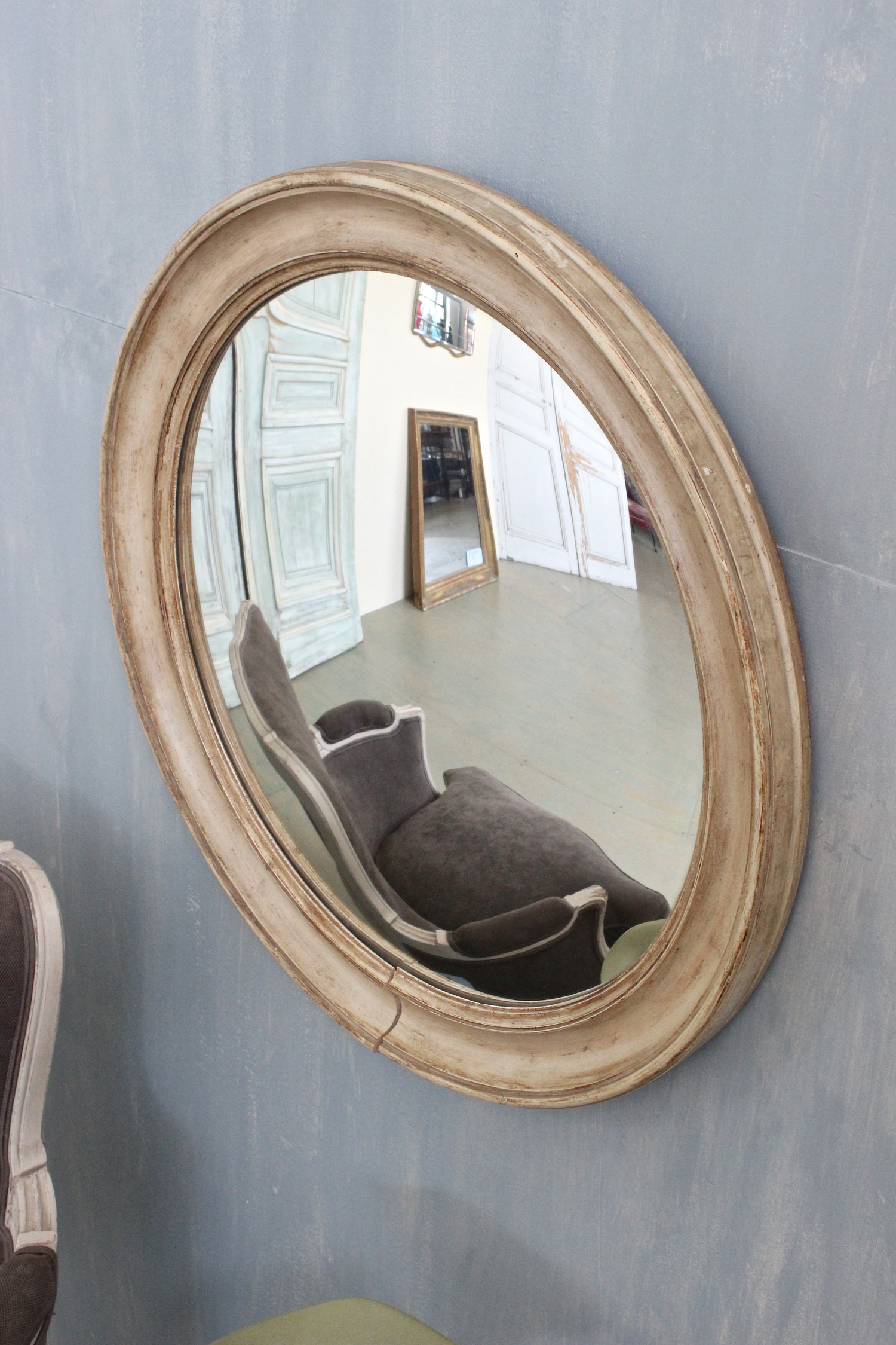 Convex Mirror In Round Wooden Frame 145 Antiques