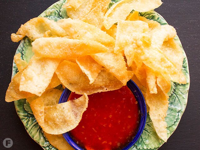 Wonton Chips with Sweet Thai Chili Sauce