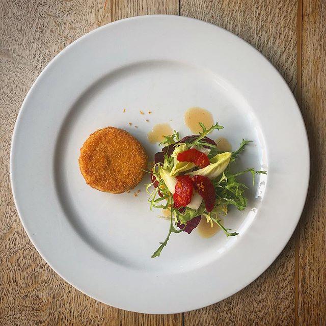 goose leg scrumpet, sicilian blood orange and chicory #gooseongoosegate #nottinghamfood #nottsfood #nottingham #foodstagram