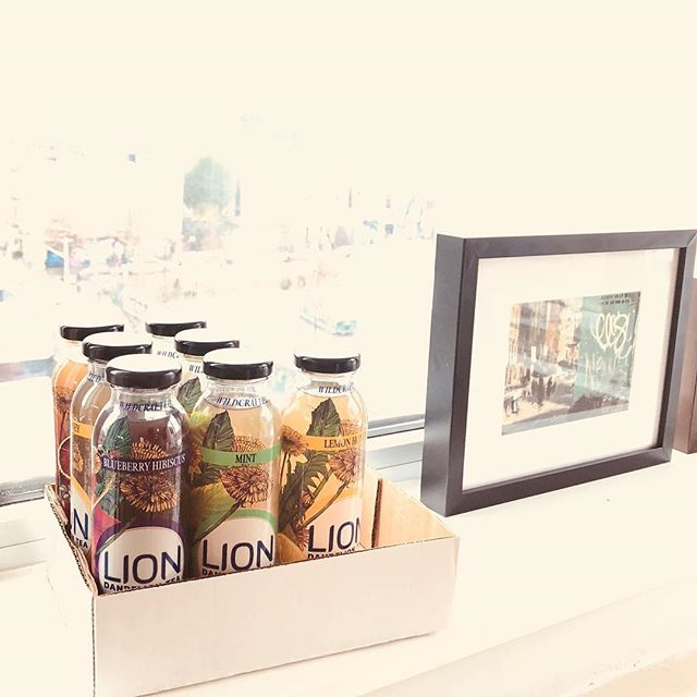 Nice to have entrepreneurial friends who bring us cases of product when they come hang! We got this case of 🌱🍵delicious daily detox dandelion tea 🍵🌾@lionbotanicals last night and are already half way through it this morning🤷🏻‍♀️Guess I'll have to order more on amazon tonight!! #entrepreneurlife #liontea #bitterisbetter #legalweed