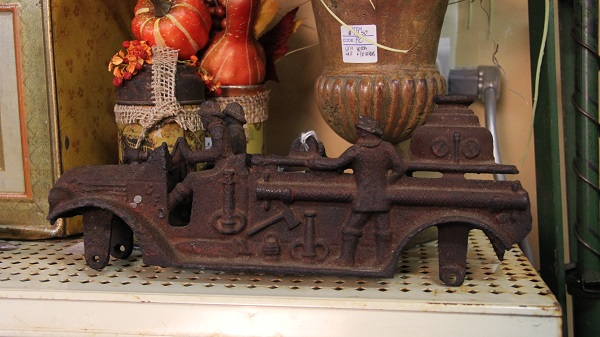 Antique and Collectible Toys -ss.jpg