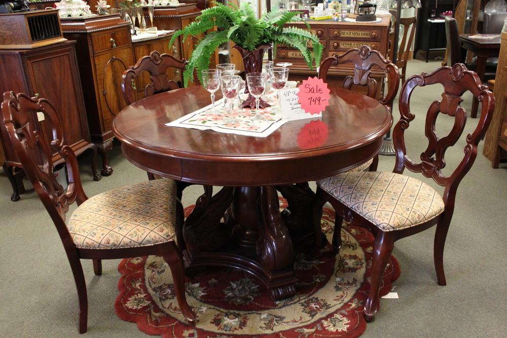 Swan Table 5.JPG
