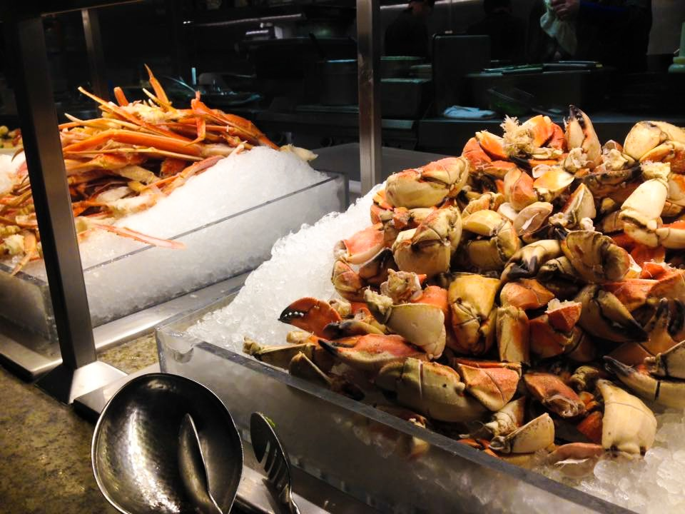 best part of the buffet, crab!