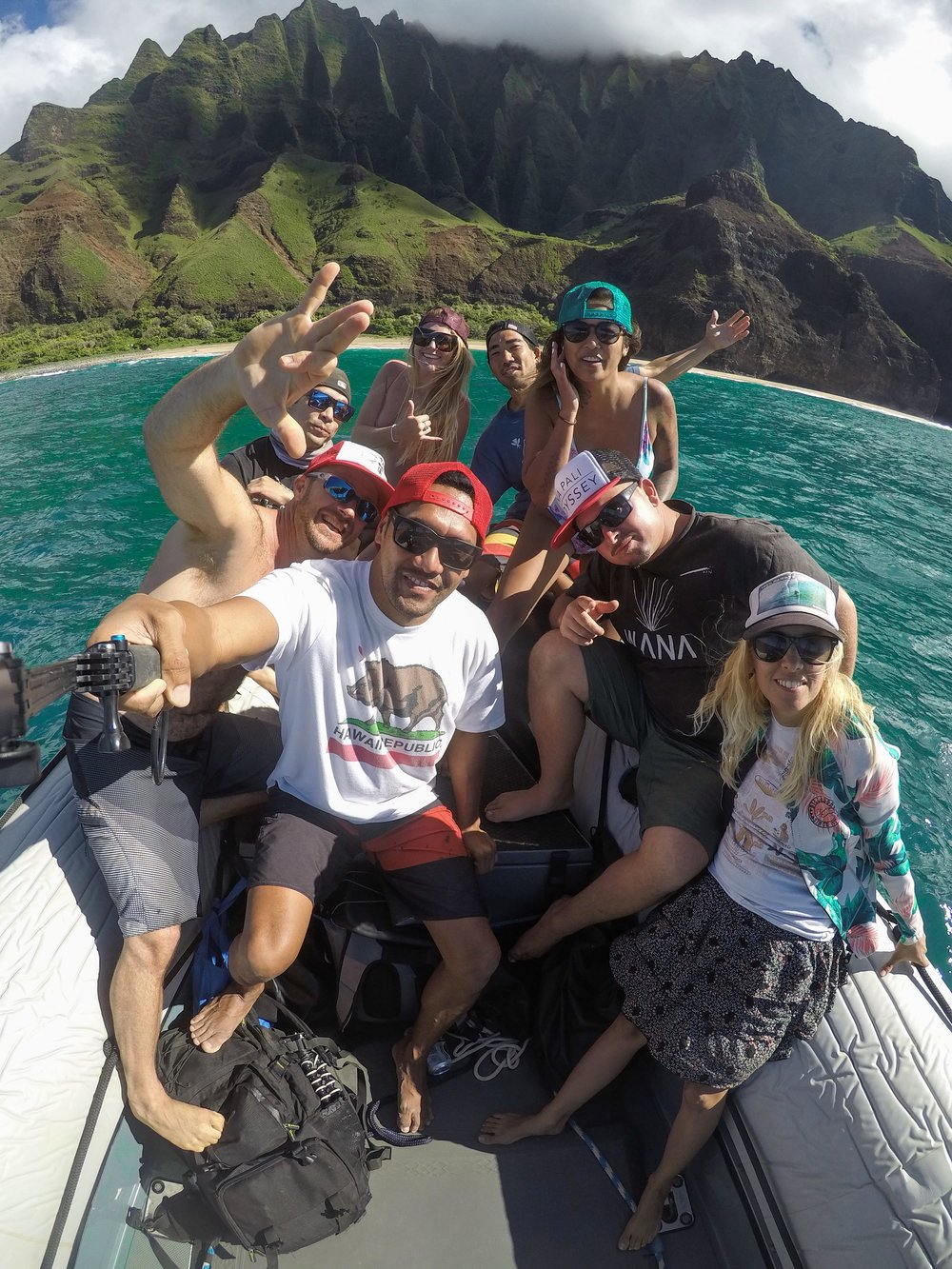 Crew love. Book a Na Pali coast tour with @NapaliOdyssey