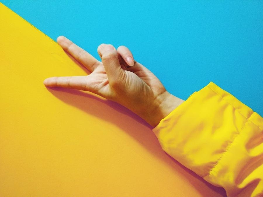 peace fingers.jpg