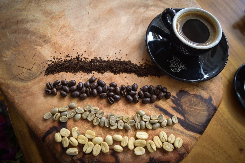 Honeywash, green, peaberry, and round medium roast 100% Kona coffee. PHOTO: Dayva Keolanui