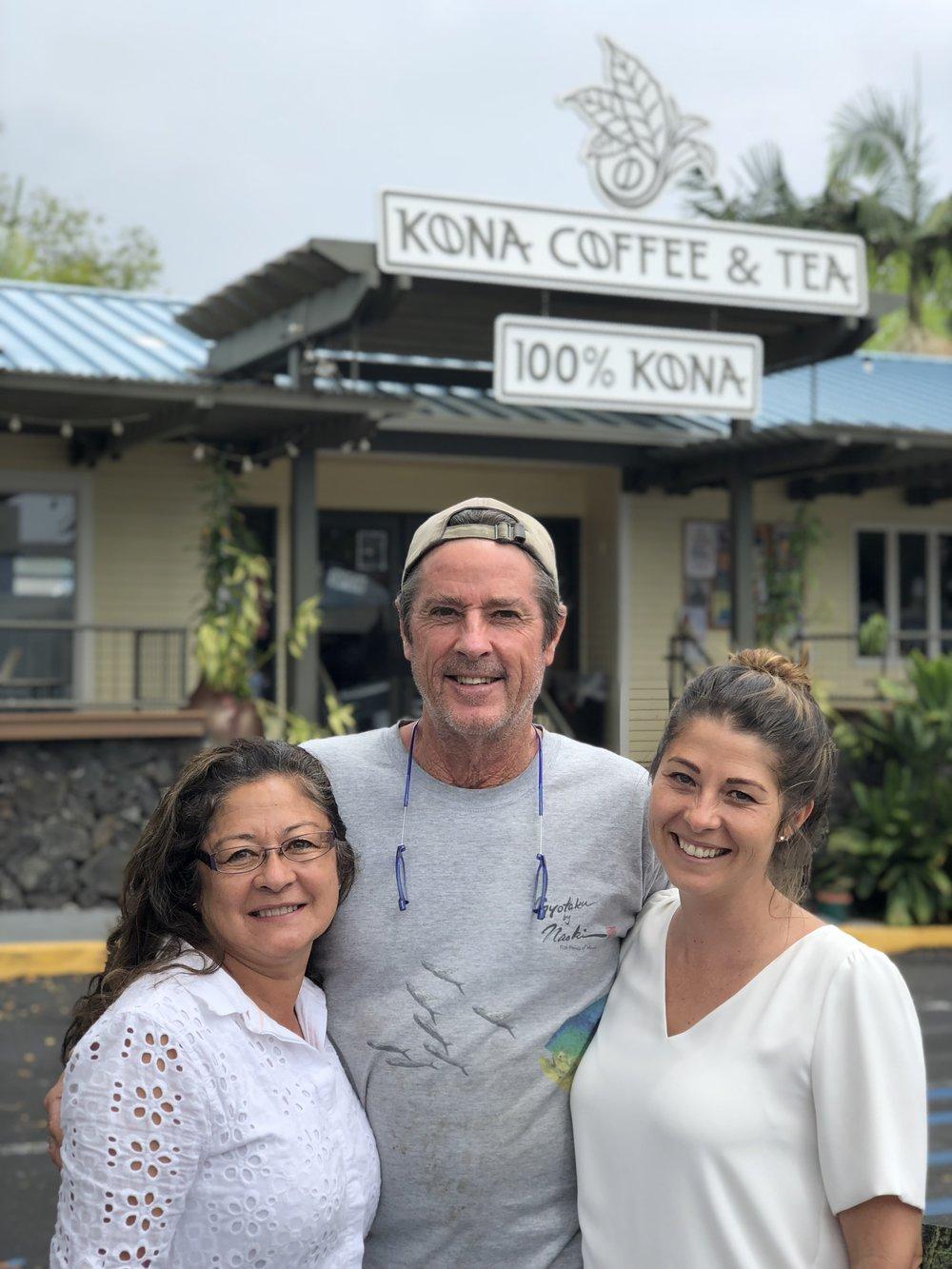 Jan, Dan and Maila Bolton outside Kona Coffee & Tea's Kailua-Kona Café. PHOTO: Dayva Keolanui