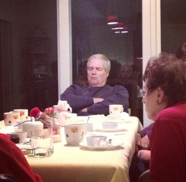 Jeb Bush falls asleep at Ruth Bader Ginsberg's dinner party