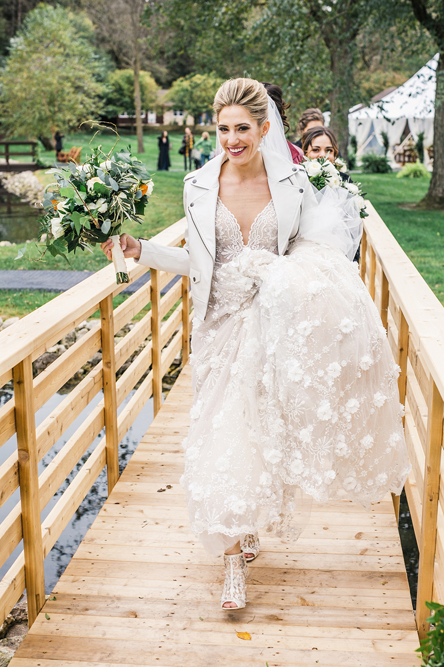 KatieStoopsPhotography-wisconsin wedding20.jpg