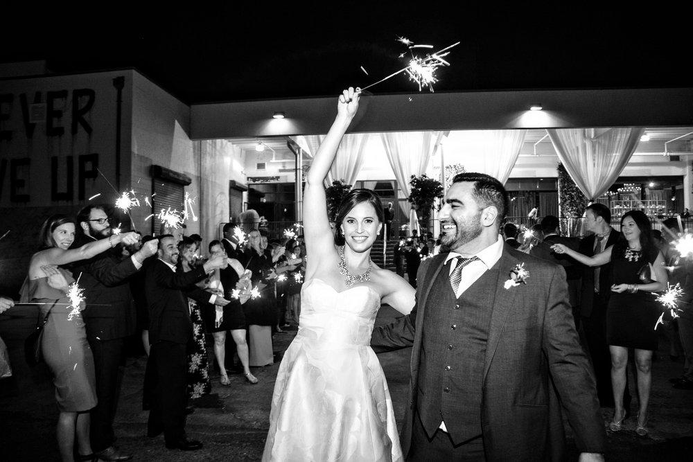 KatieStoopsPhotography-Dock5-DC wedding-washingtonian52.jpg