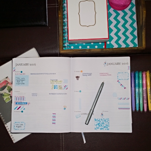 My first planner attempt was a horizontal Sugar Paper LA planner I purchased from Target. Although I absolutely adored the simplicity of planning in this planner, the design just did not fit my needs.