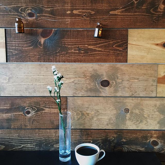 Start the week off with a wonderful cup of coffee ☕️ #coffee #sunday #stumptown #nature #flowers #caffeine