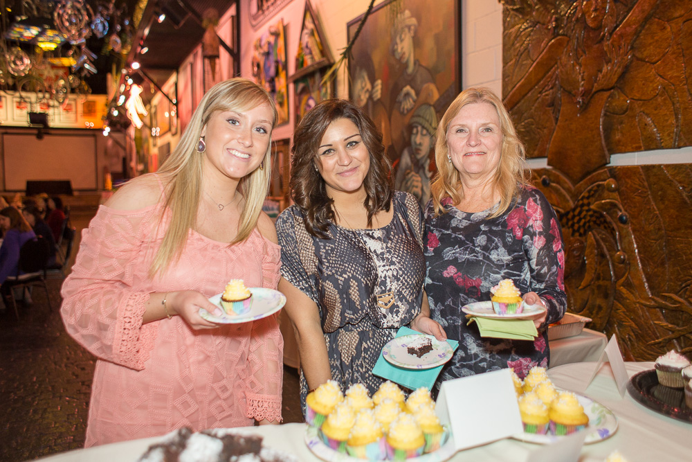 Enjoying the dessert at the bridal shower | Artisan Works photographer