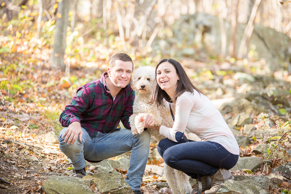 Engagement pictures in the fall at Shenandoah National Park | Shenandoah Engagement Photographer