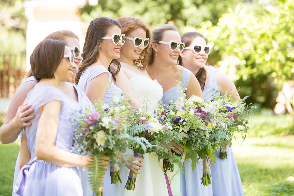 Bride and bridesmaids on the wedding day | Warrenton Virginia | Fauquier Wedding Photography