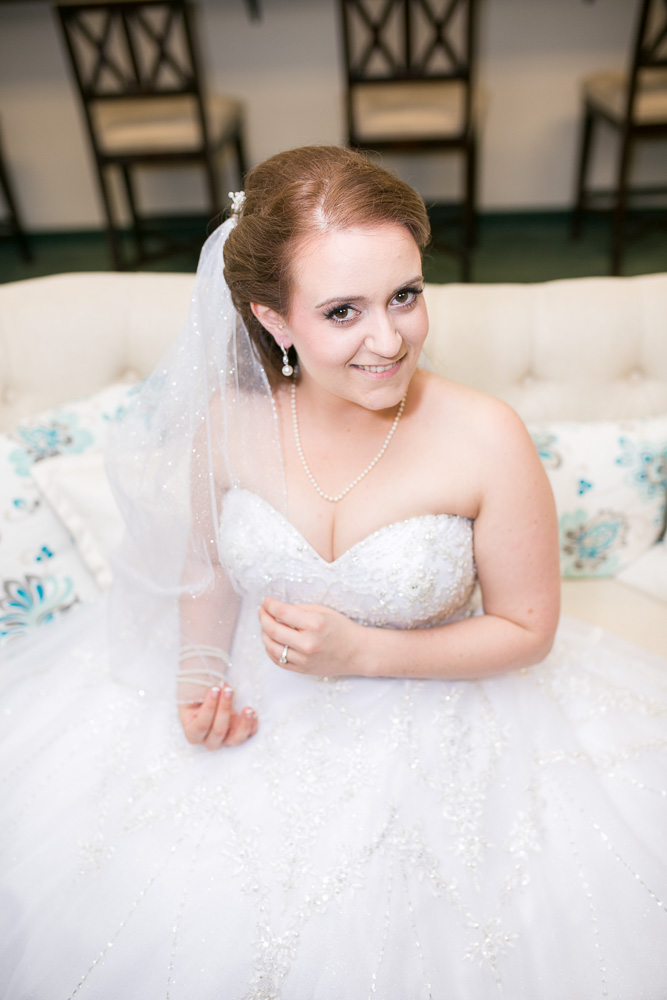 Bridal portrait in Evergreen Country Club bridal suite