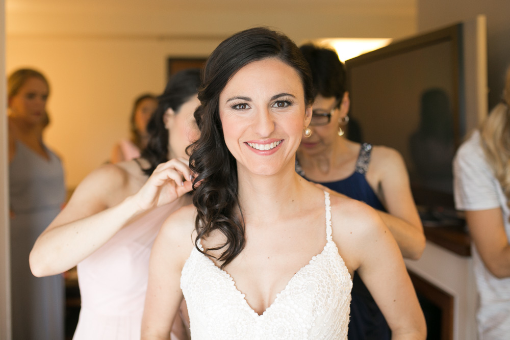 Getting ready for the wedding day at Hyatt Place | Northern Virginia Wedding Photographer | Megan Rei Photography