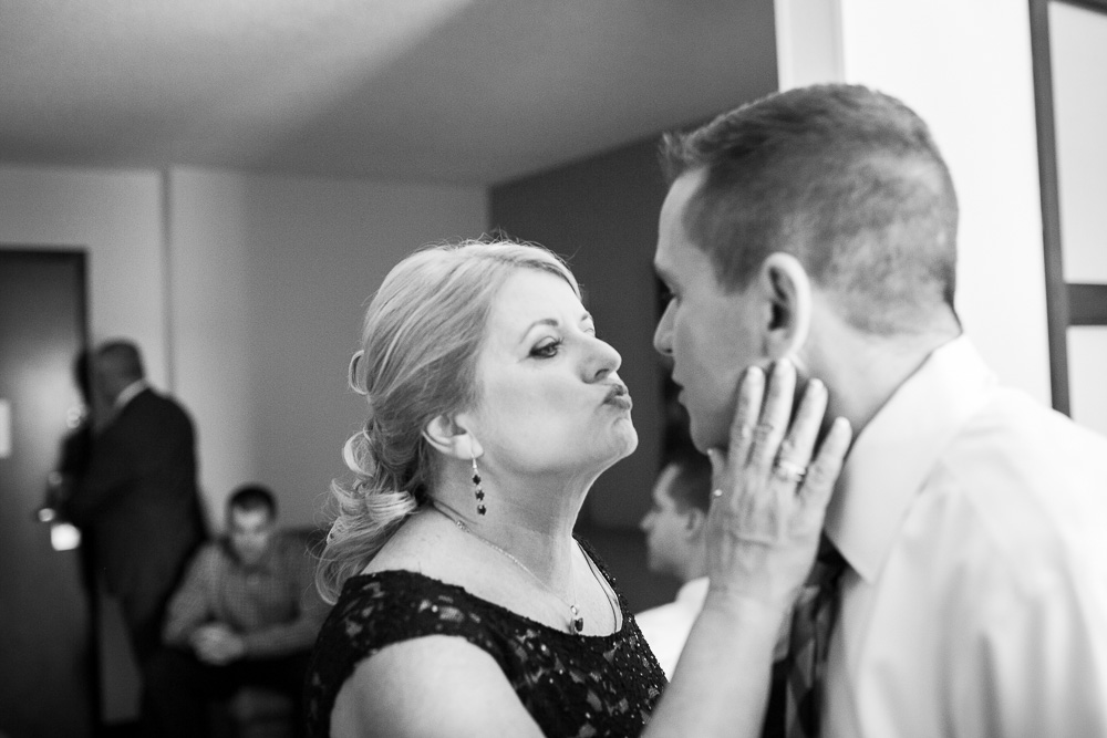 Groom and his mom before the wedding ceremony | Documentary Wedding Photography in Centreville, Virginia
