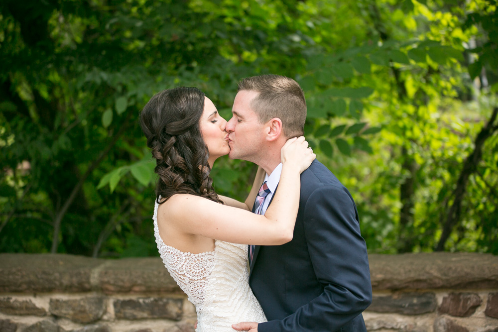 Wedding photos at the Stone Bridge in Centreville, VA | Northern Virginia Natural Light Photographer