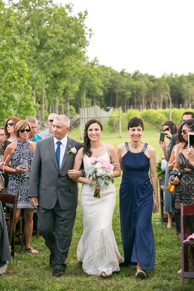 Bride's processional | Northern Virginia Vineyard Wedding Venue | Megan Rei Photography