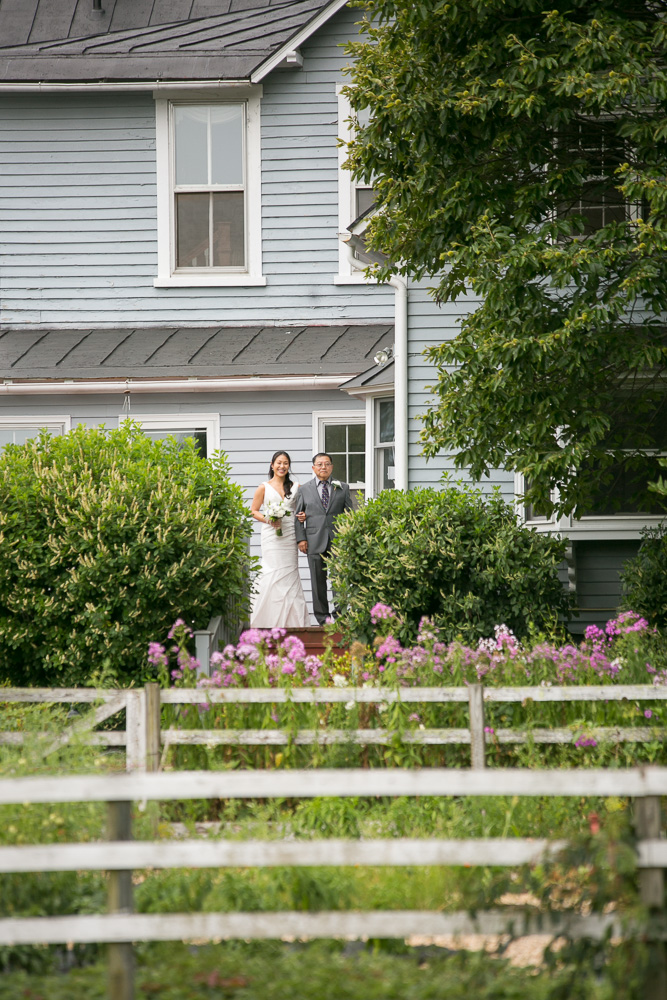 Bride and her father, waiting to walk down the aisle | Rustic wedding in Culpeper, VA