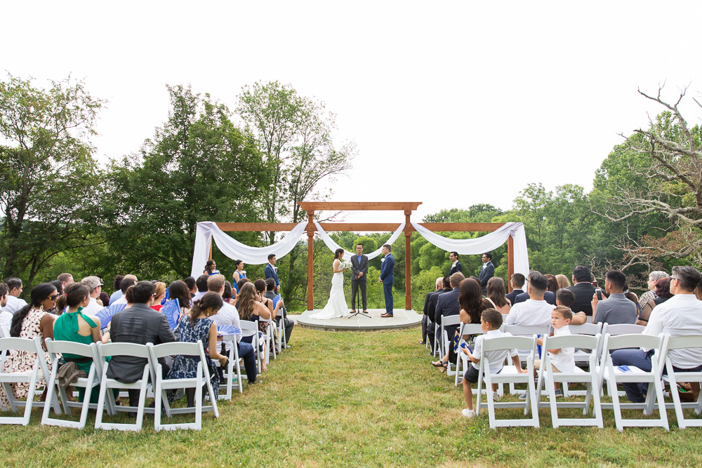 Outdoor ceremony at Mountain Run Winery in Culpeper