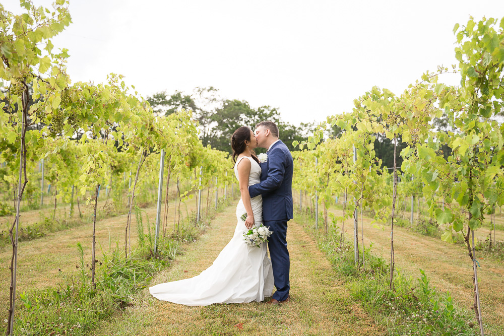 A beautiful vineyard wedding at Mountain Run Winery | Best Northern Virginia Wedding Venues