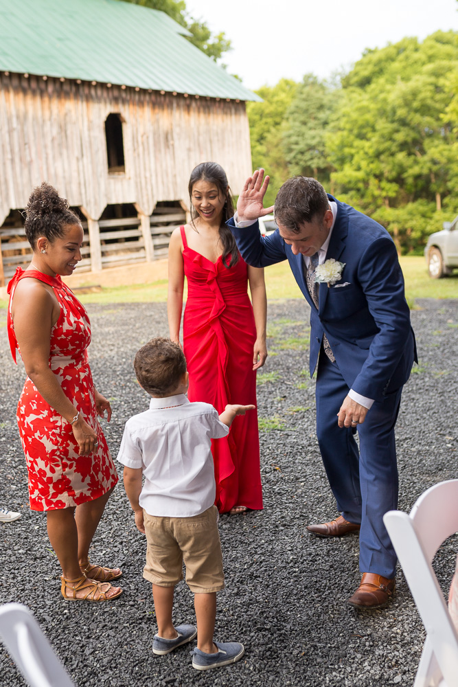 A fun barn wedding reception in Culpeper | Winery Wedding in Virginia