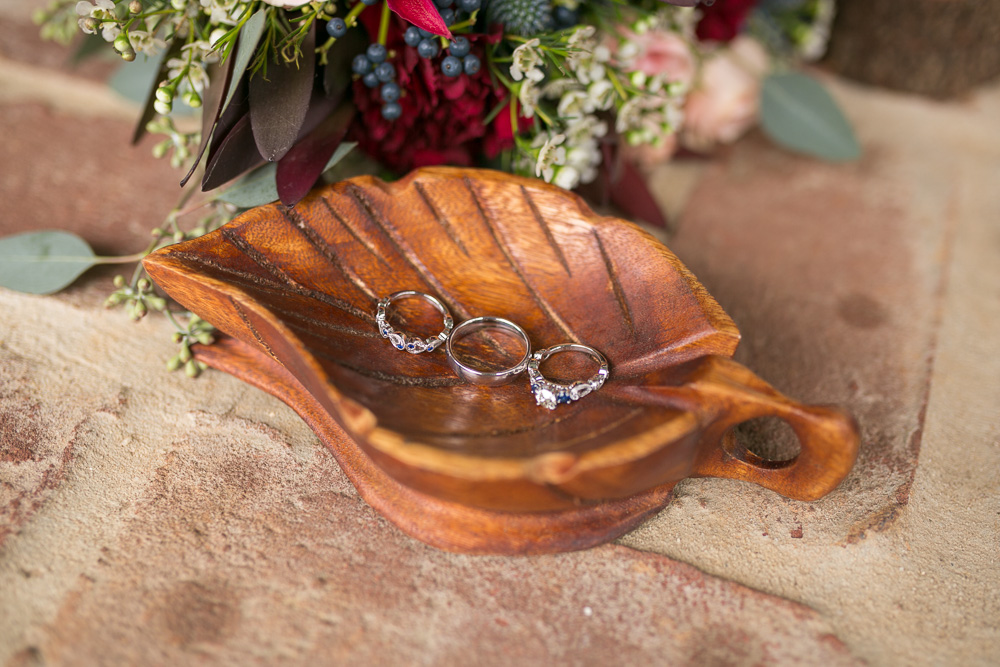 Leaf-shaped wedding ring holder for a rustic wedding | Culpeper Virginia Photographer