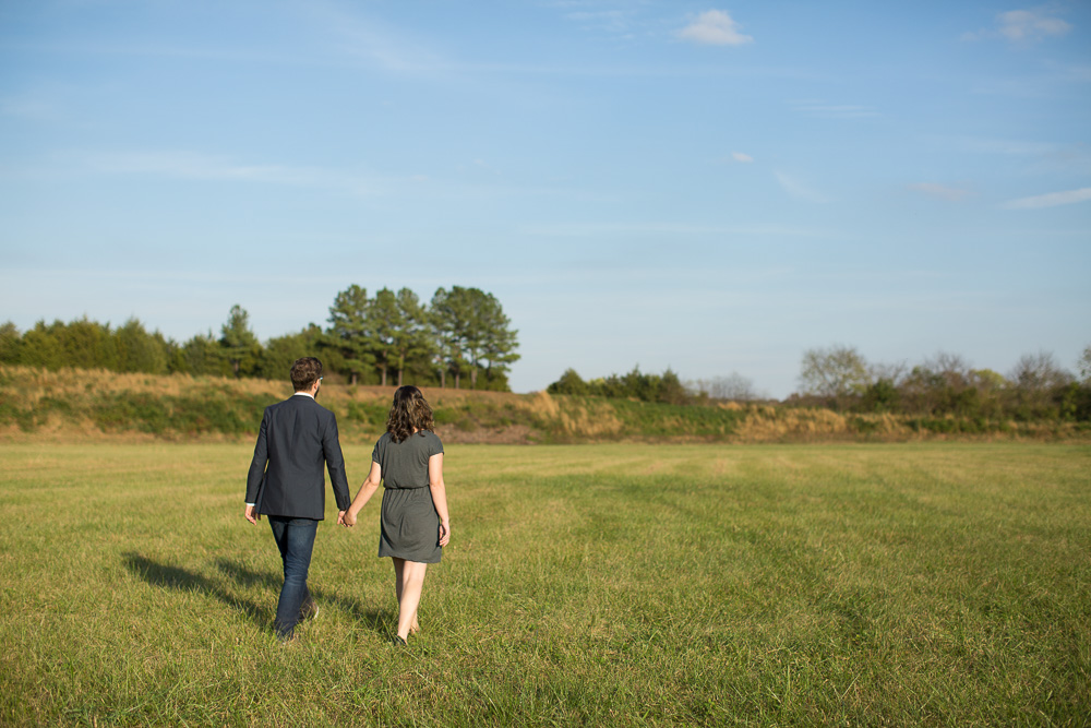 Warrenton Virginia engagement photography near Germantown Lake