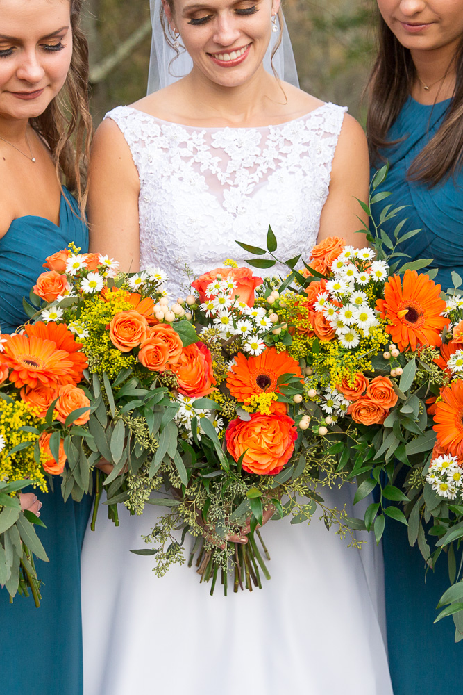 Beautiful orange wedding bouquets for fall wedding in Culpeper, Virginia | Florals by Melanie's Florist