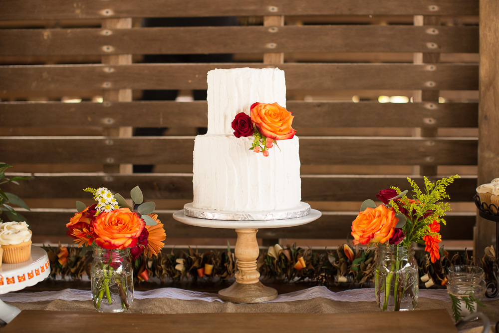 Fall wedding cake with orange flowers by Eloise's Pastries in Warrenton, Virginia | Best wedding cake in Warrenton, VA