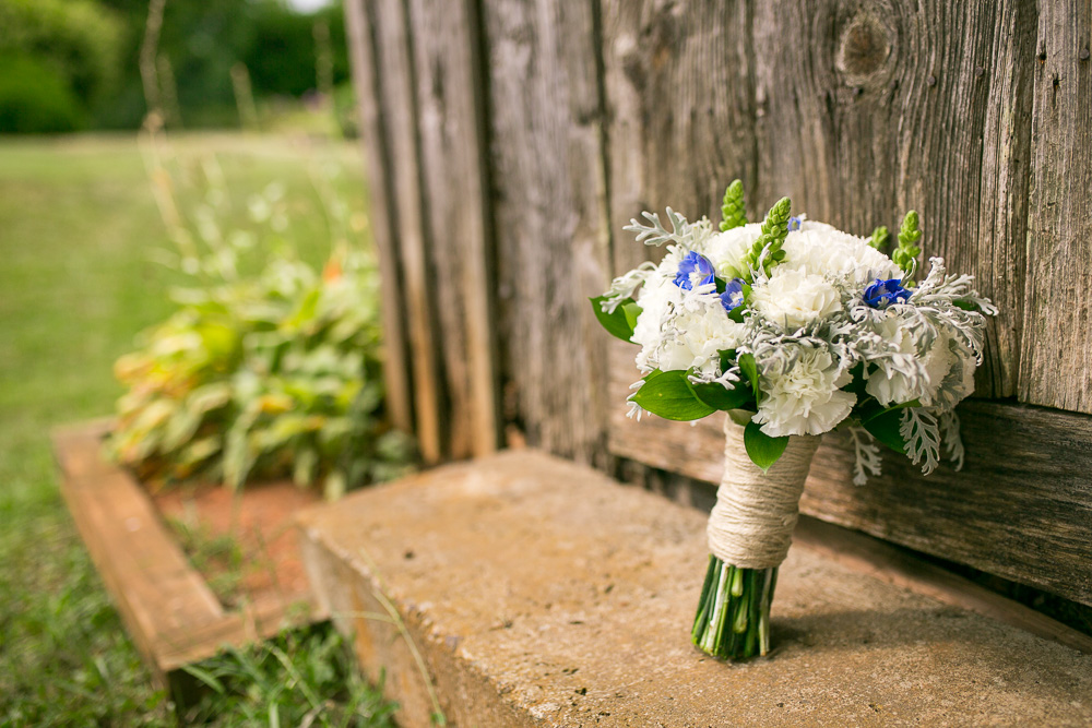 Wedding bouquet at Mountain Run Winery, Culpeper Virginia